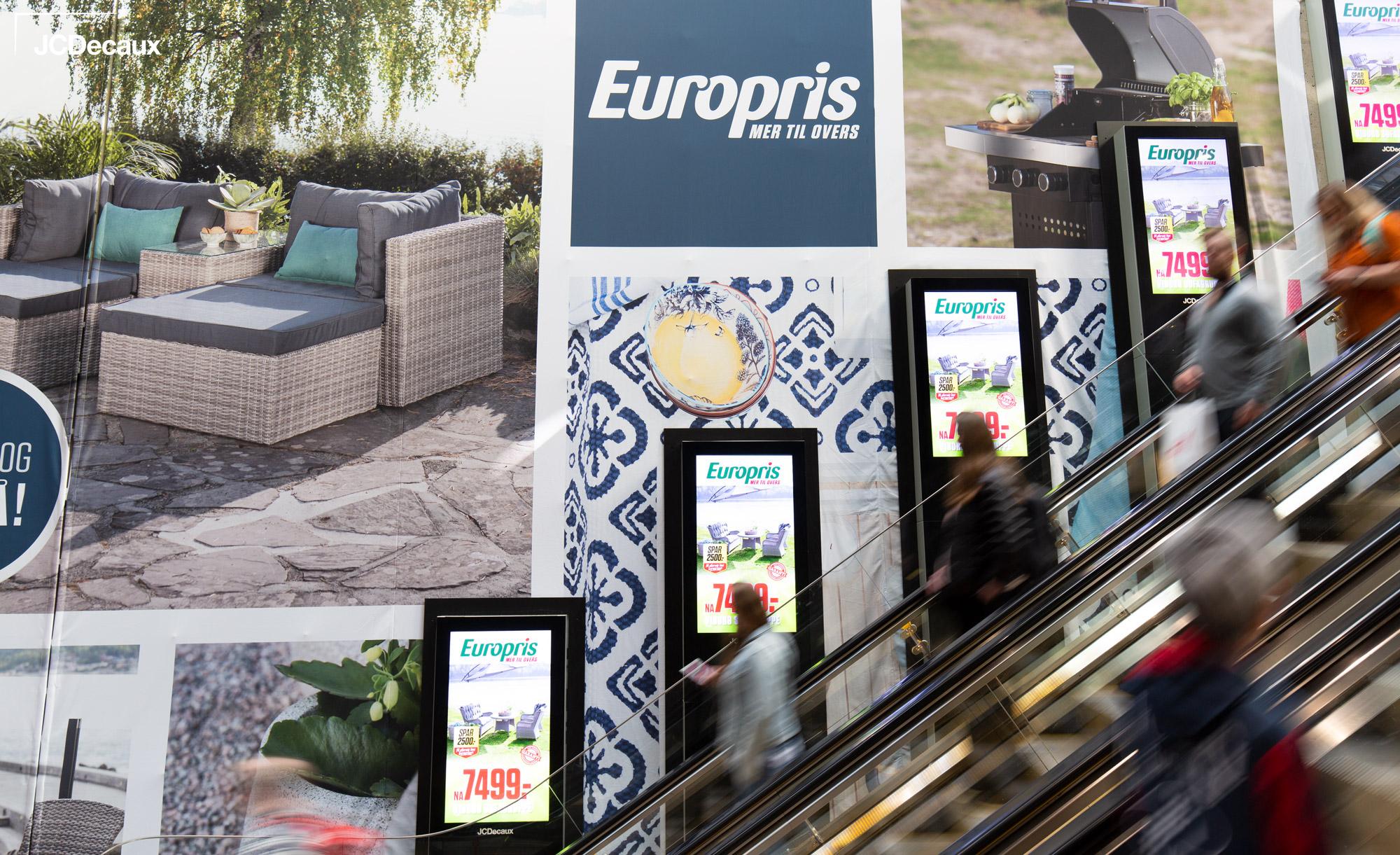 Europris-Escalator-Impact-Oslo-S-JCDecaux(3)